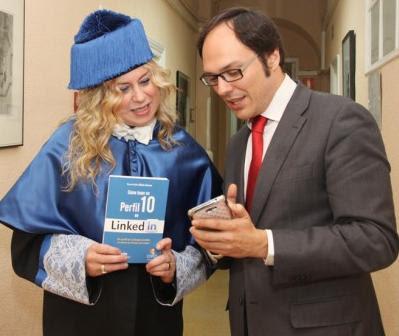 Libro-Como-tener-un-perfil-10-en-linkedIn-con-Mario-Mateo