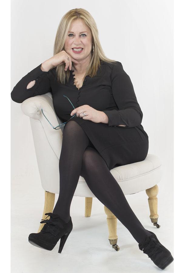 esmeralda-diaz-aroca-consultora-especialista-social-selling-linkedin-marca-personal
